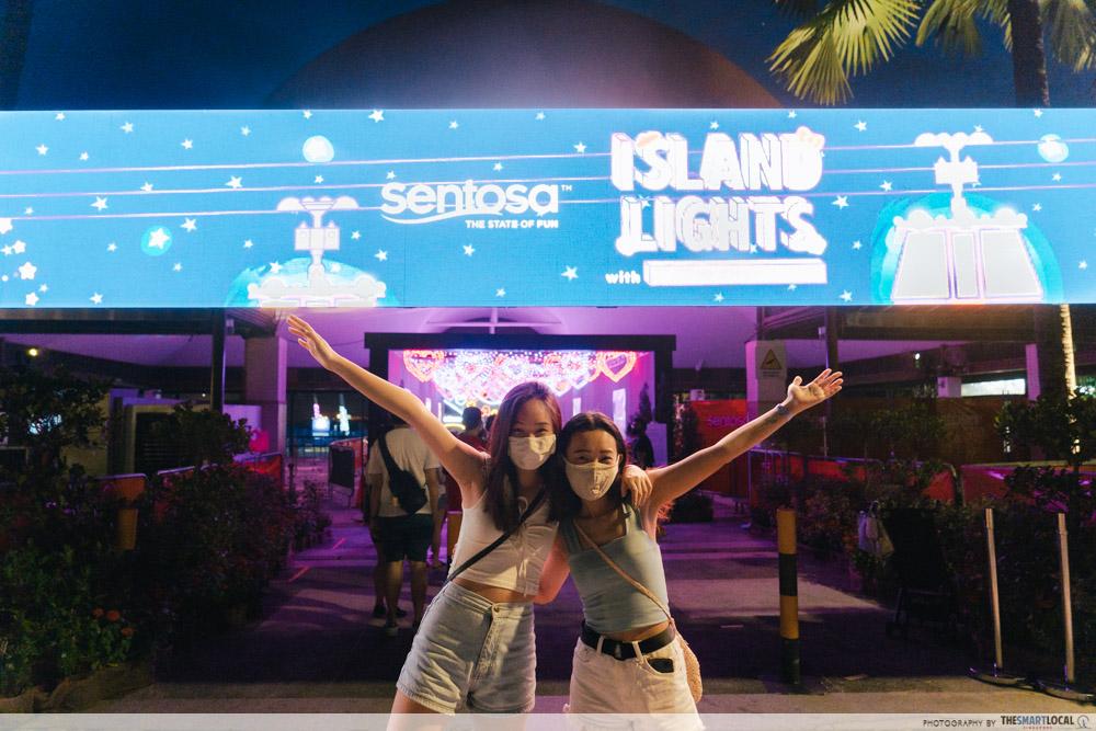 sentosa island lights entrance
