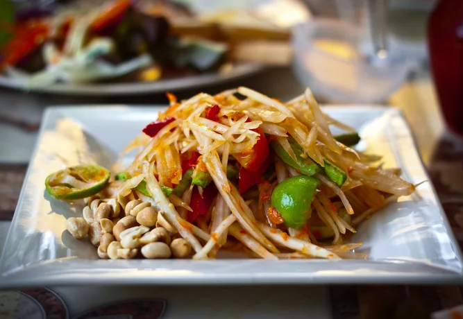 papaya salad thai cooking class