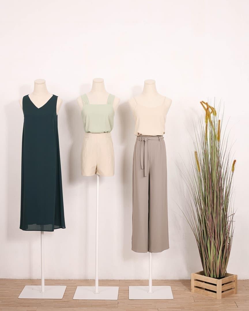 Online Clothes CNY 2021 - Runway Bandits