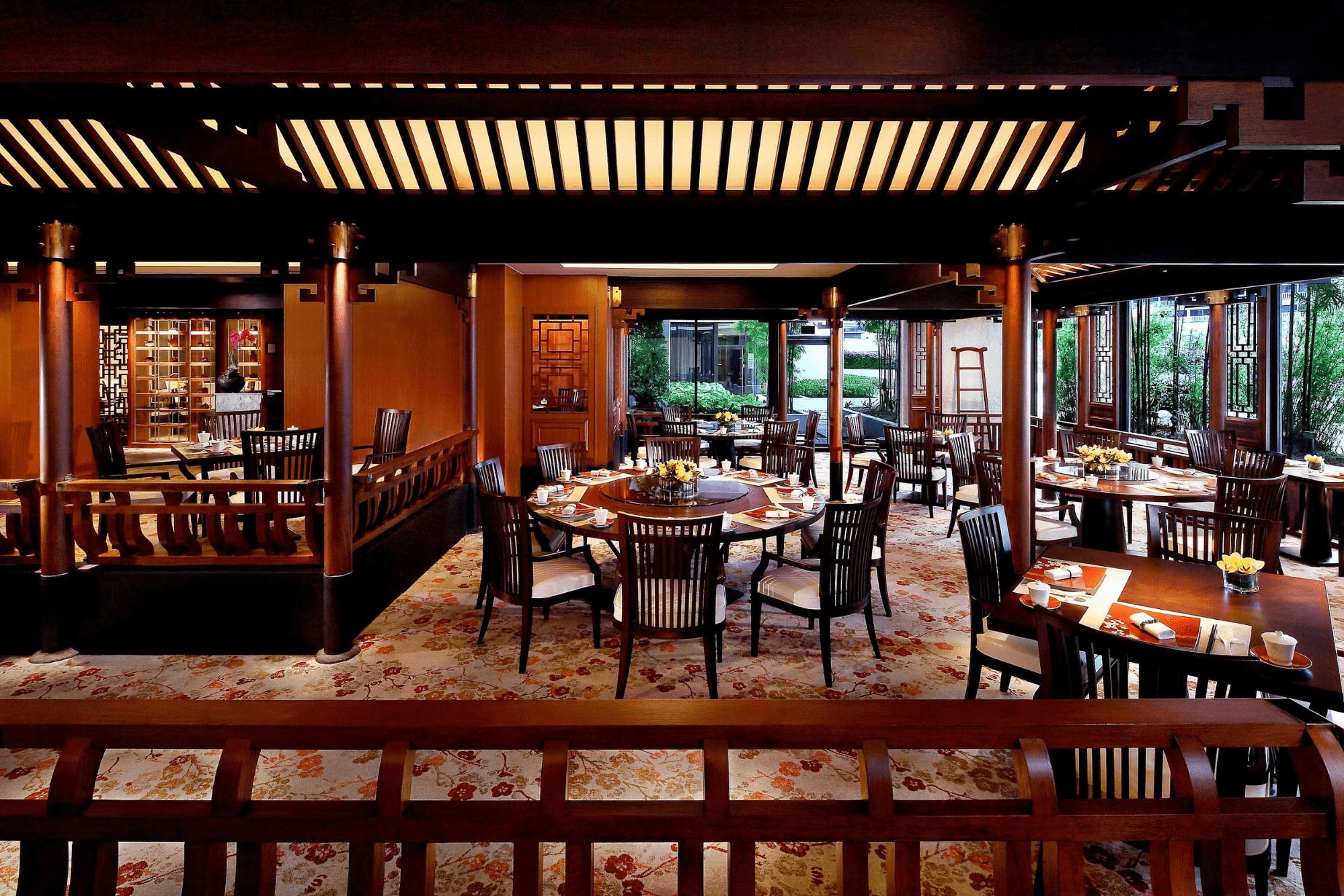 CNY-reunion-dinner-restaurants - cherry garden singapore