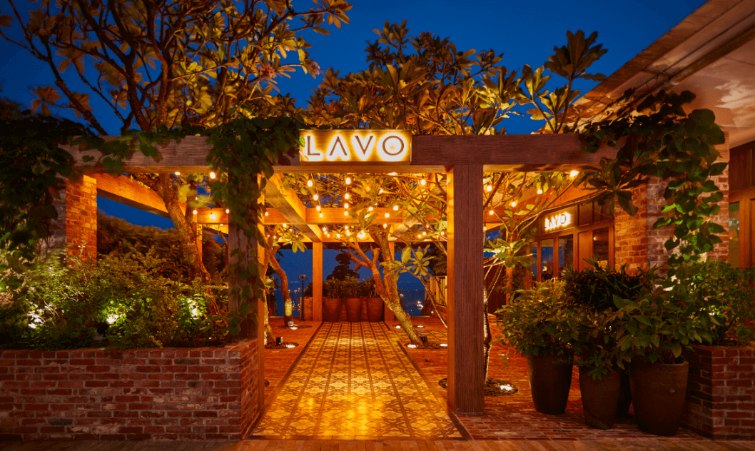 nighttime light-ups at lavo singapore
