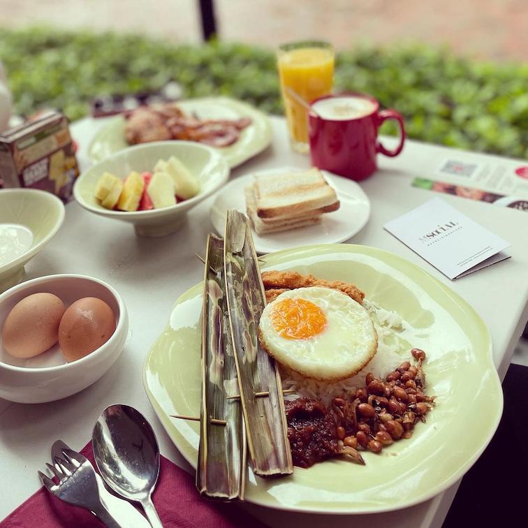 asian breakfast a la carte buffet