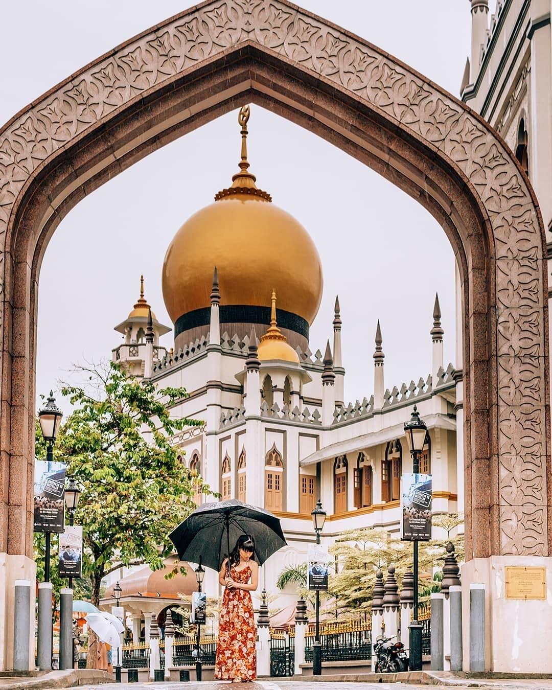 Masjid Sultan - Singapore Public Holidays 2021