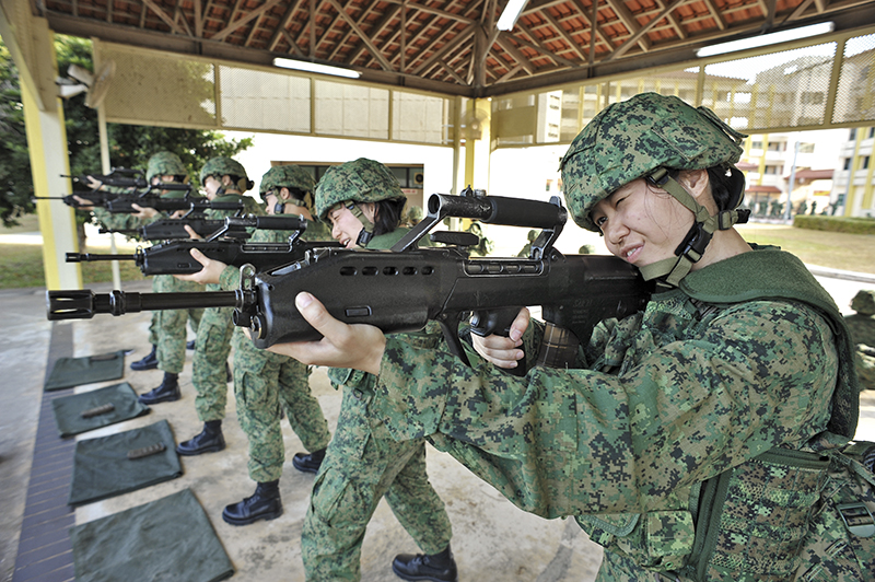 dave teo was armed with one of these SAR-21s