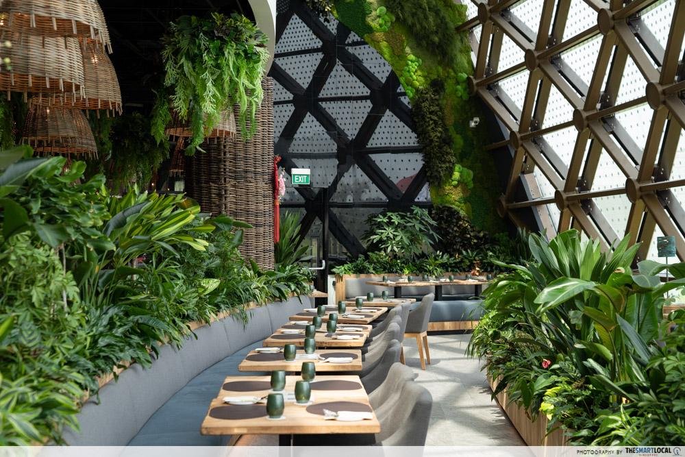 Dusit Thani Laguna Singapore - the greenhouse restaurant