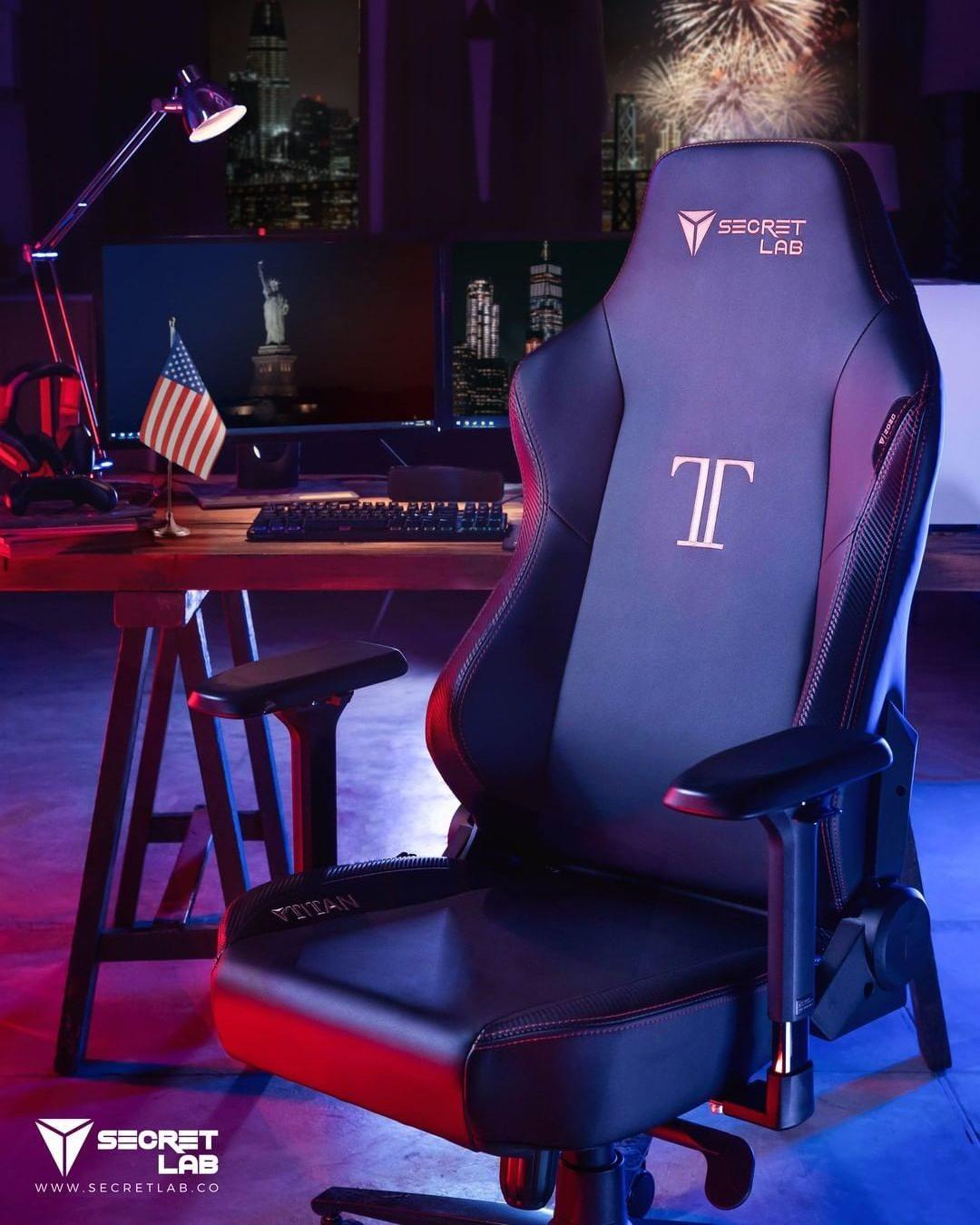 gaming chair -secret lab