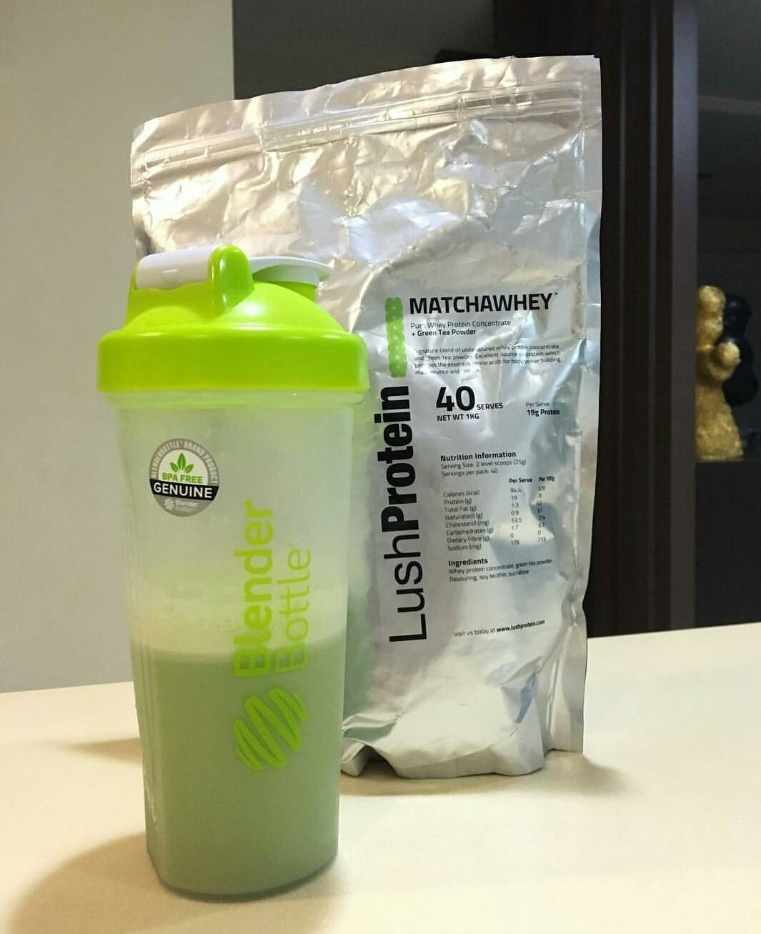 lushprotein matchawhey is a 2-in-1 protein powder with energy boosting properties
