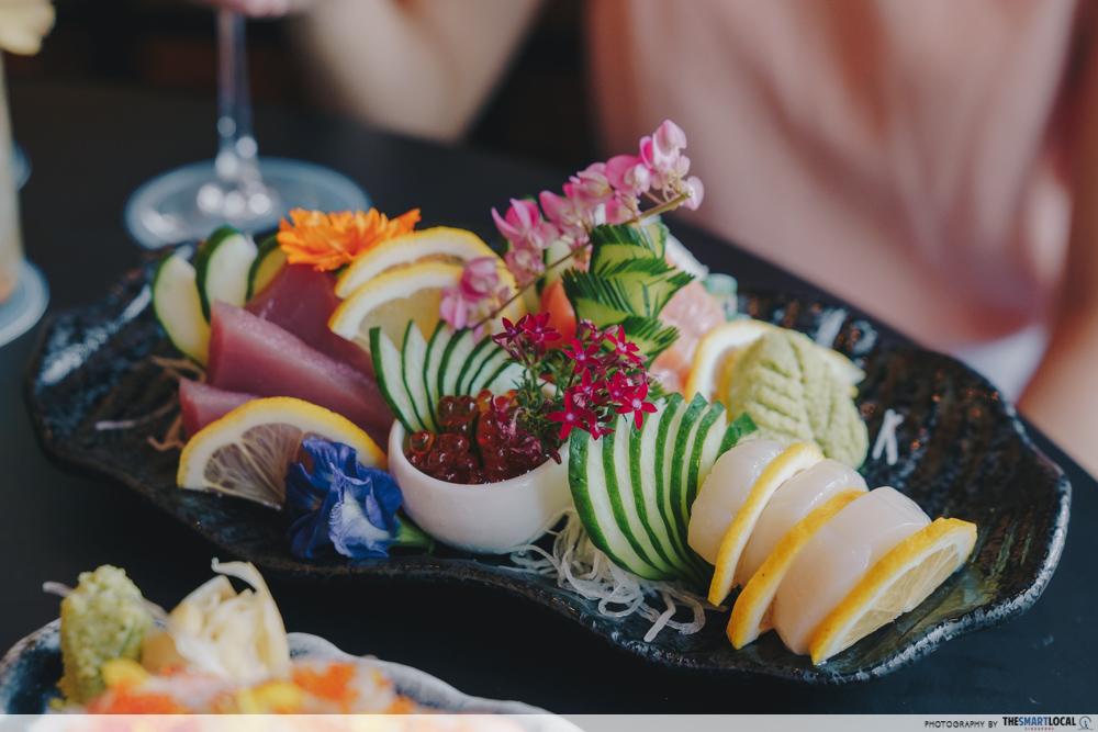 Taki Izakaya Bar - sashimi