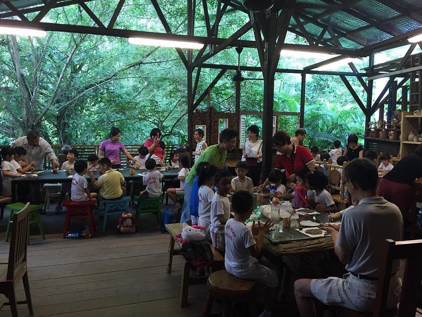 Thow Kwang Pottery Jungle - Singapore's Last Dragon Kiln (1)