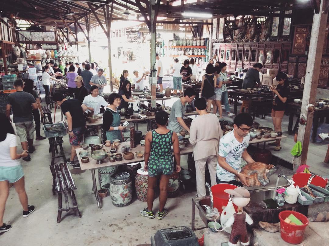 Thow Kwang Pottery Jungle - Singapore's Last Dragon Kiln (2)