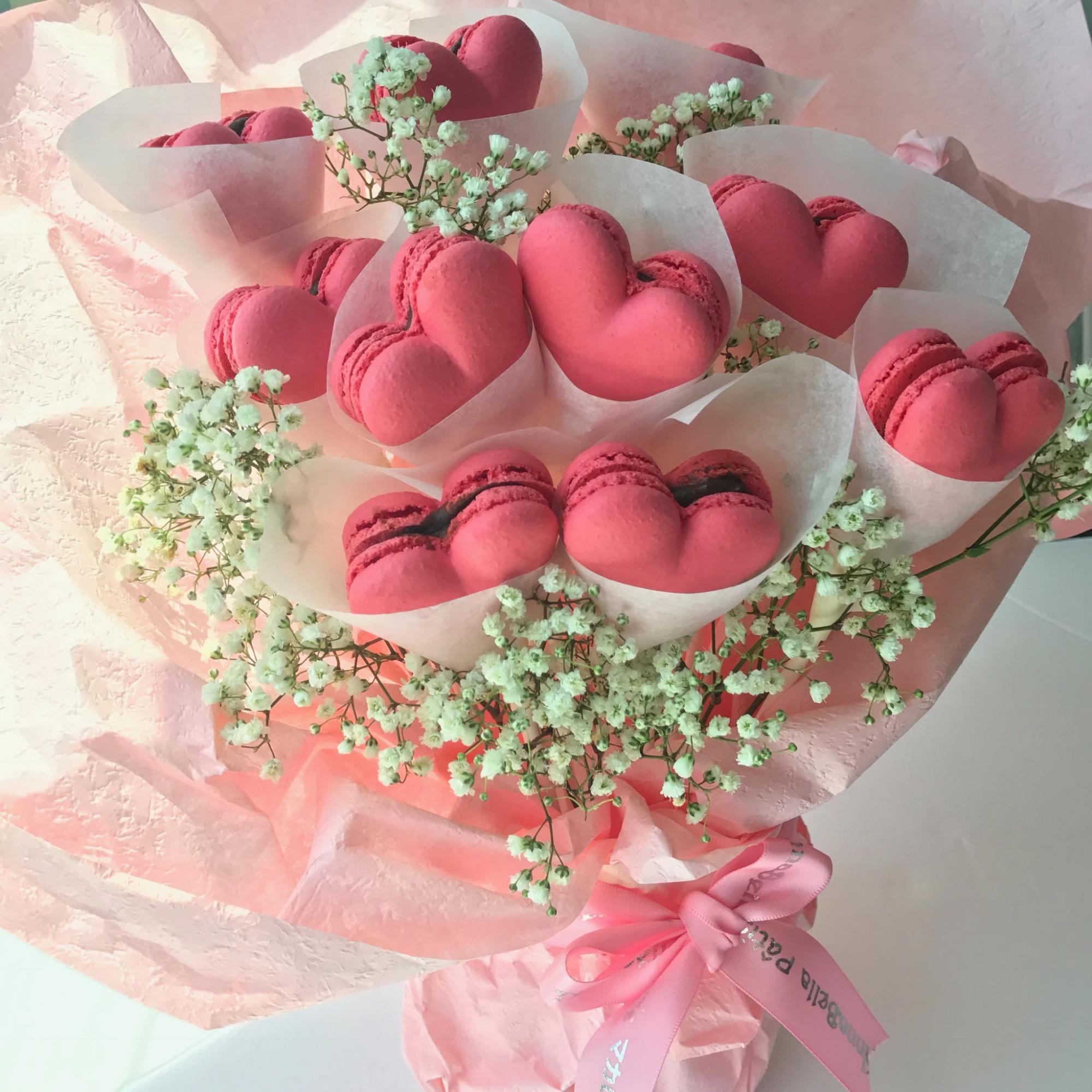 macaron edible bouquet