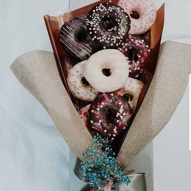 donut edible bouquet