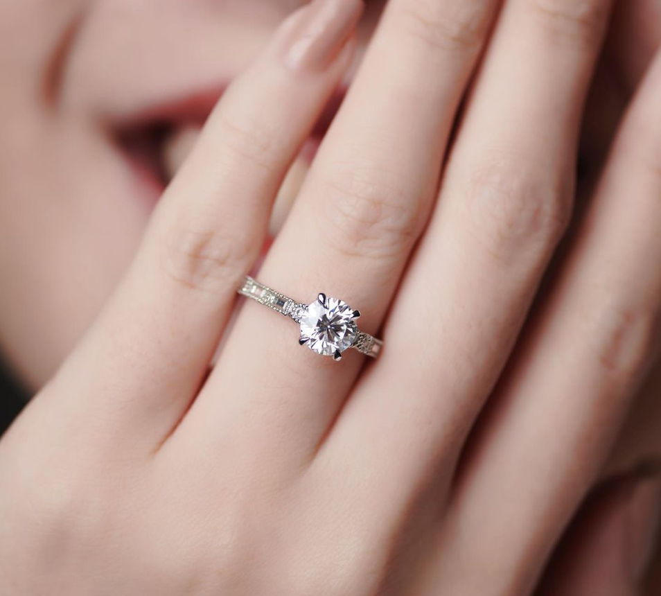 Where to buy engagement rings in SG - Bespoke engagement rings - Carrie K.