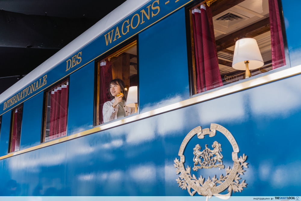 valentines day date ideas (2) - orient express carriage