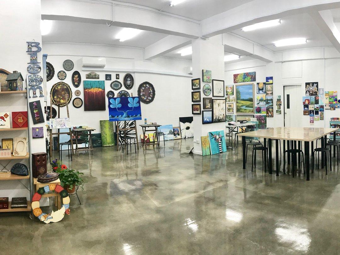 Heartroom Gallery