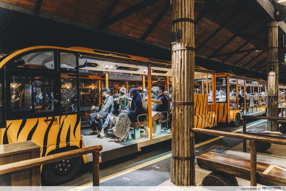 Night Safari tram