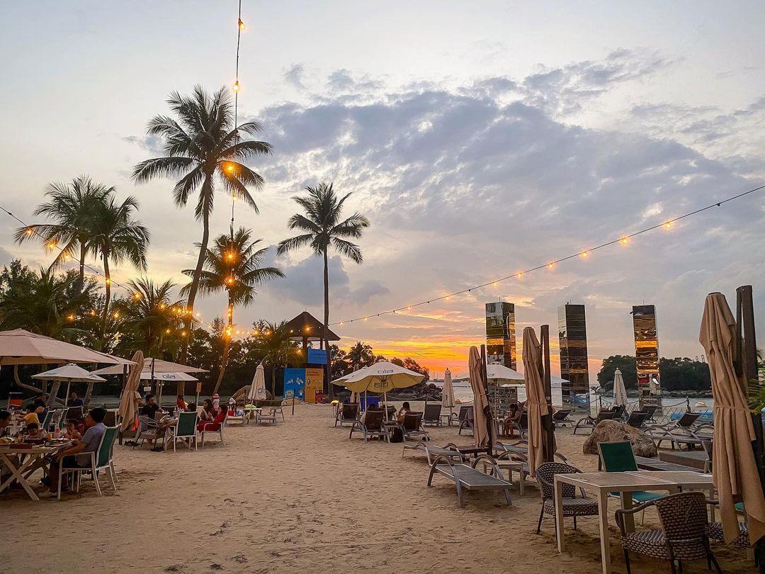 Ola Beach Club sunset