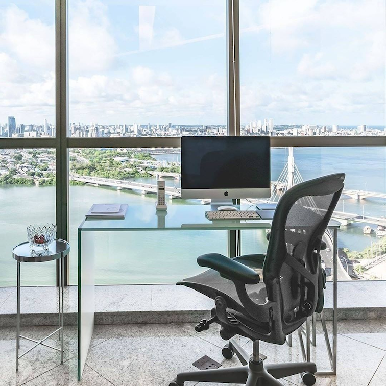 Herman Miller Aeron will look out of place from other gaming chairs but is very comfortable