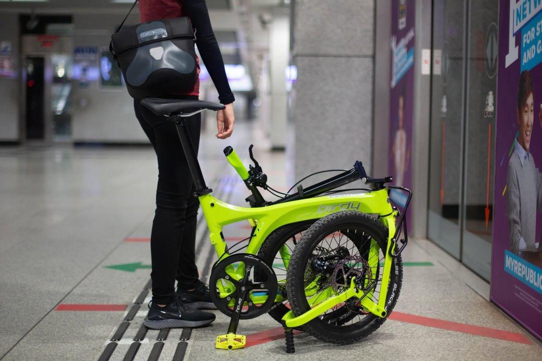 birdy foldable bicycle on singapore MRT