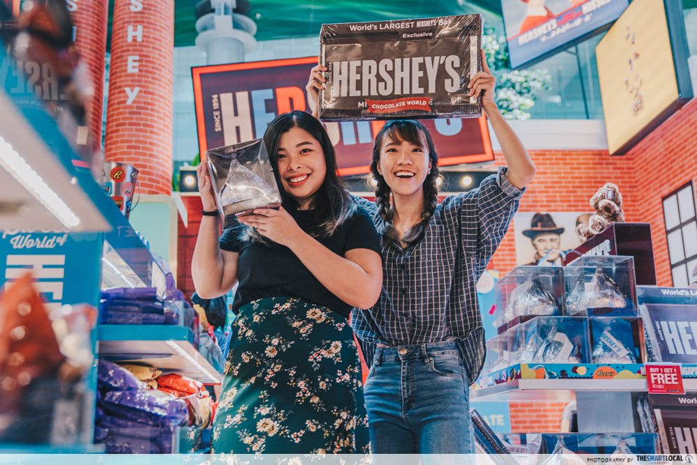 hershey's pop up - Retail store