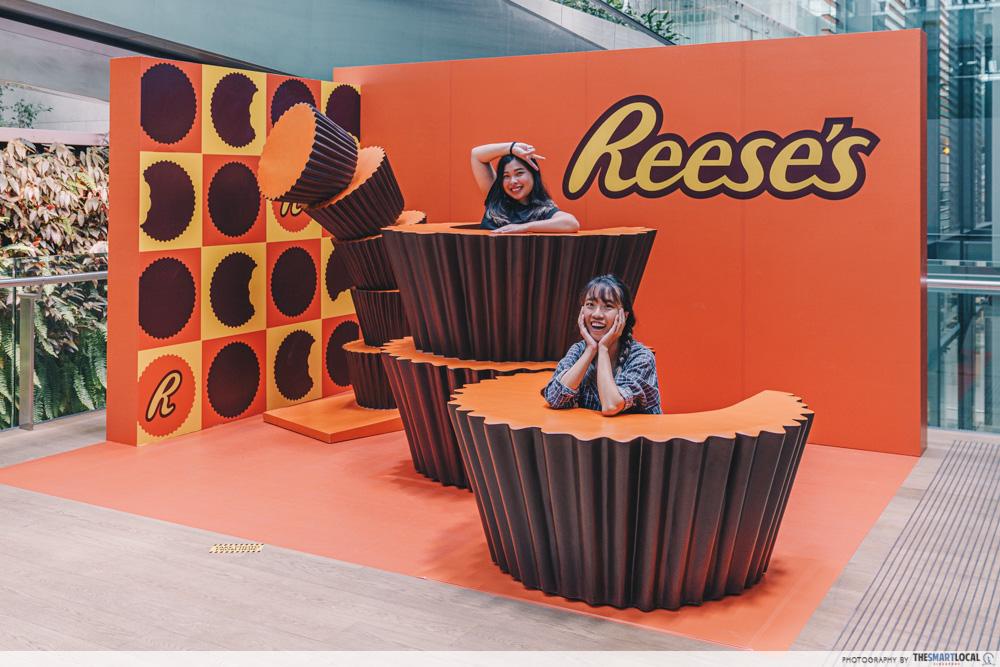hershey's pop up - reece's photo booth
