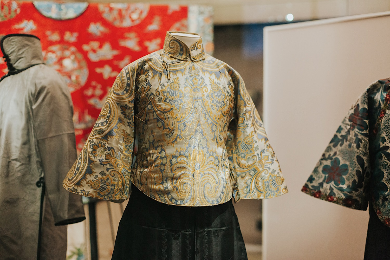 Asian Civilisations Museum - Fashion and Textiles Gallery