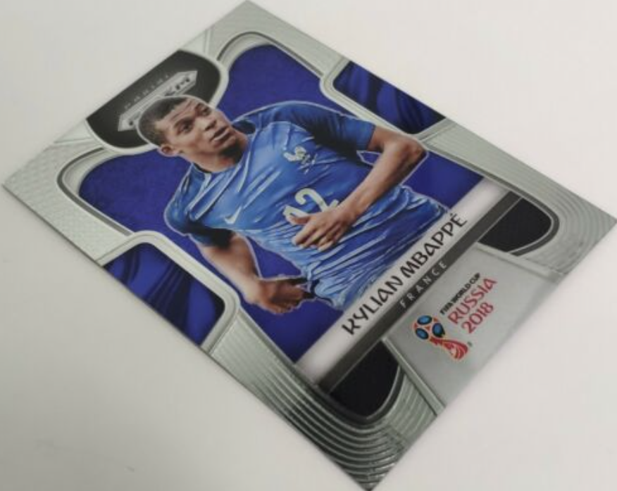 Kylian Mbappe base card from 2018