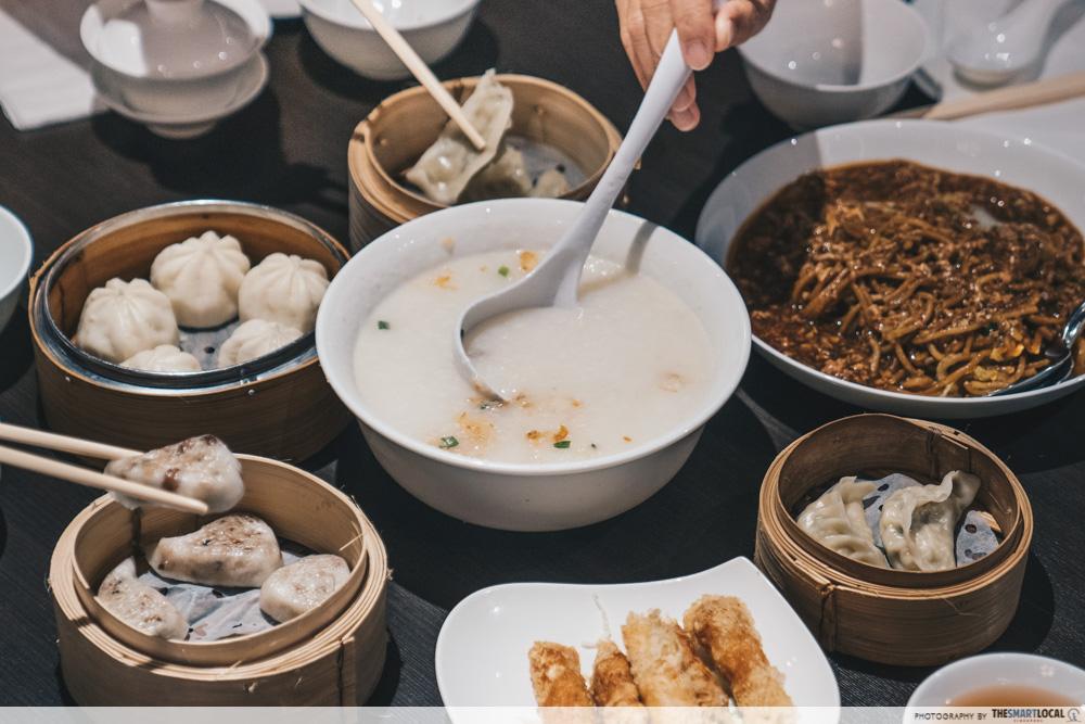 world dream cruise - asian cuisine in dining room upper