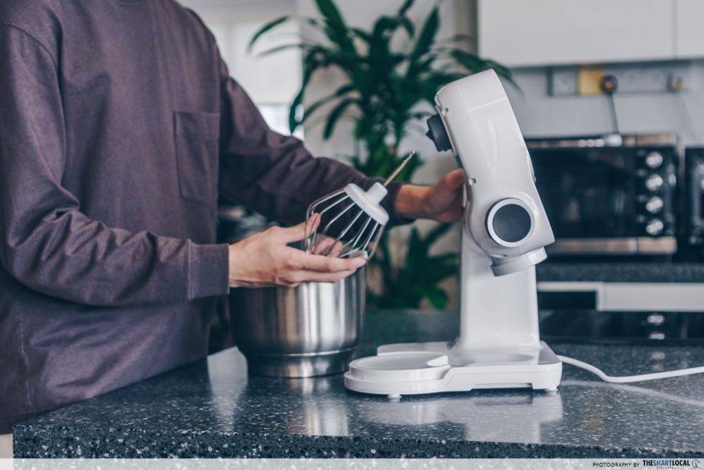 Disassembling kitchen appliance