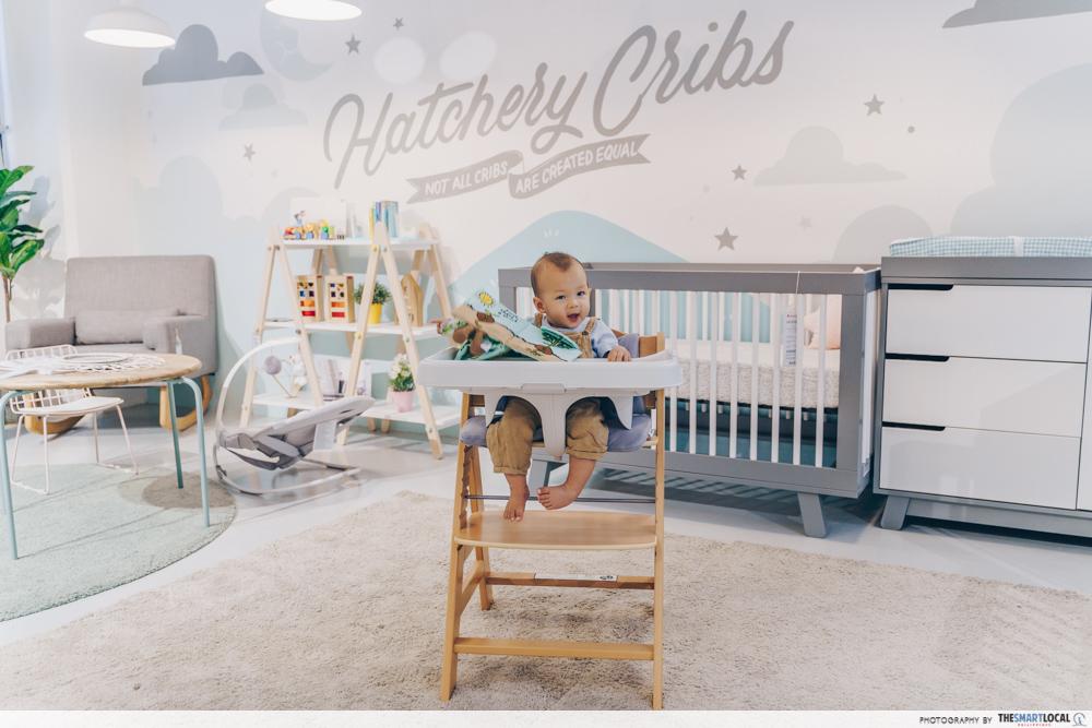 Hatchery Cribs - Elvie Breast Pump Review - Wearable Pump (13)