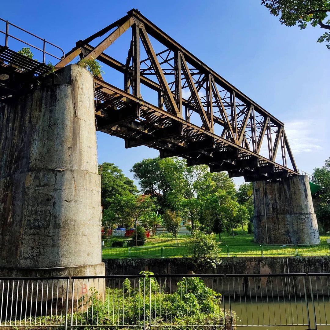 Truss bridge - jurong