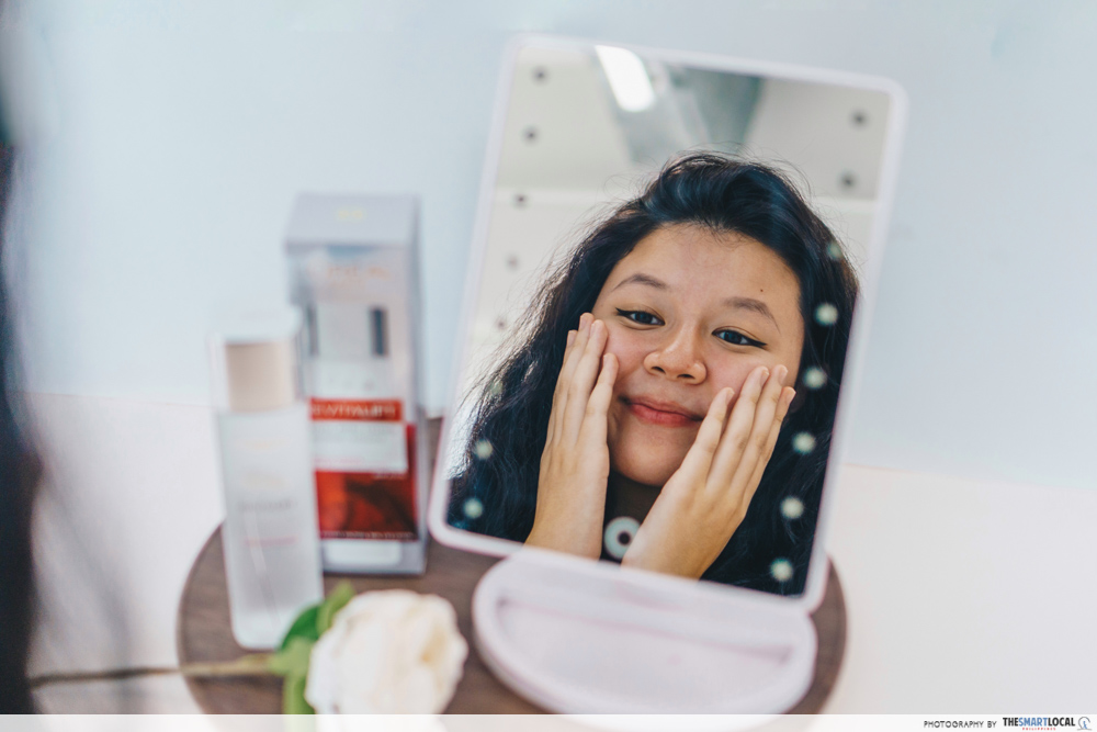 Moisturising your face