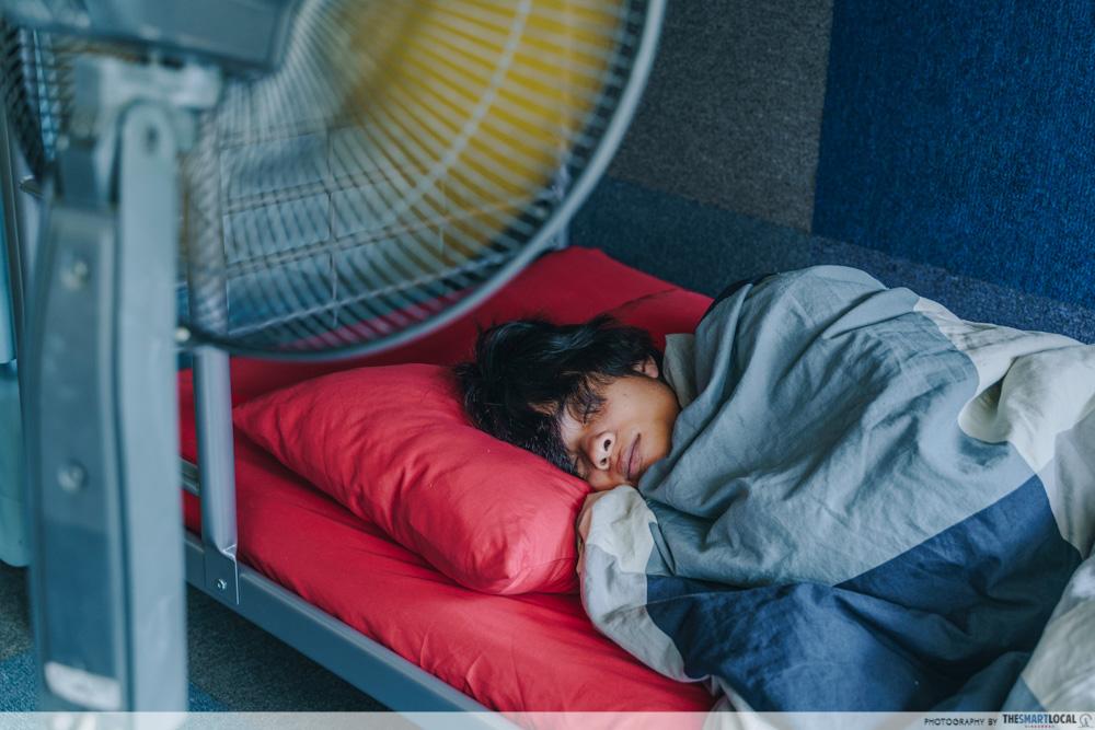 Sleeping with fan