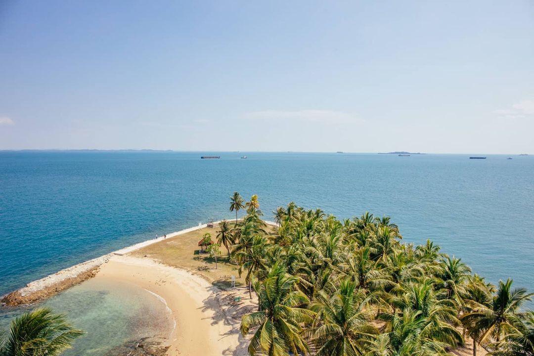 Pulau Satumu view