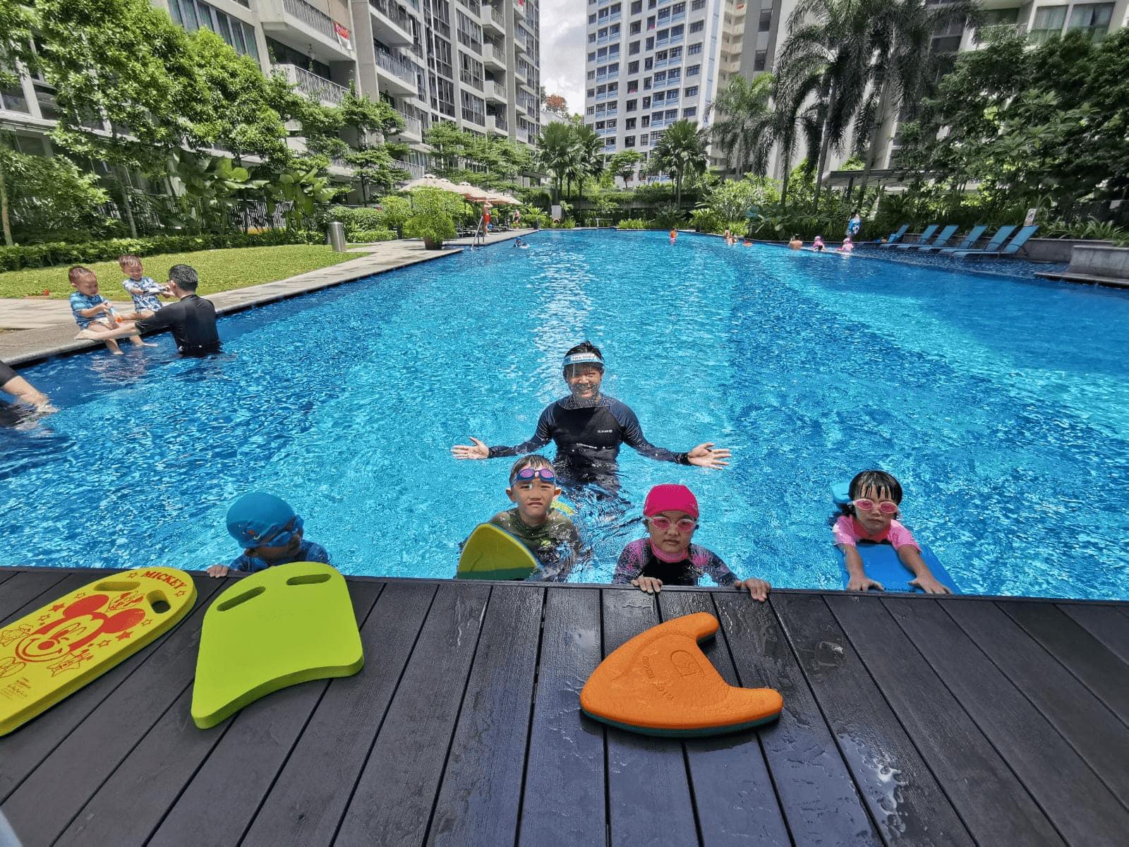 Friendly Dolphin Swim School