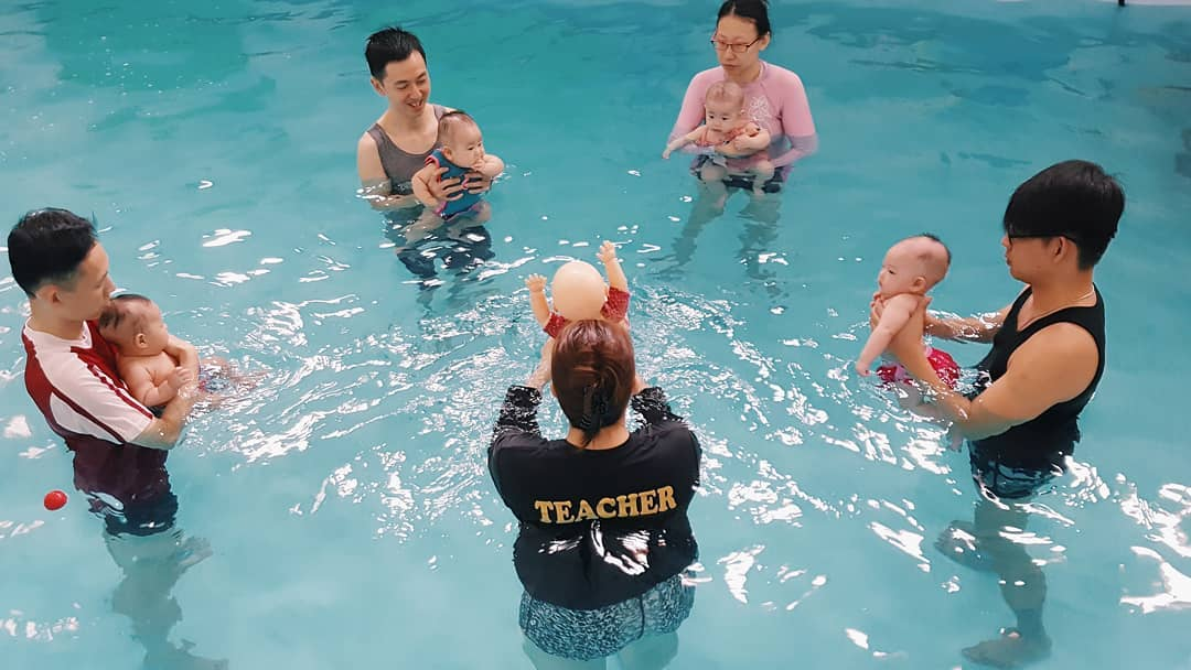 Swimming-Lessons-In-Singapore - little splashes