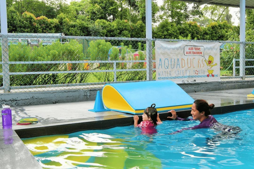 Swimming-Lessons-In-Singapore - aquaducks