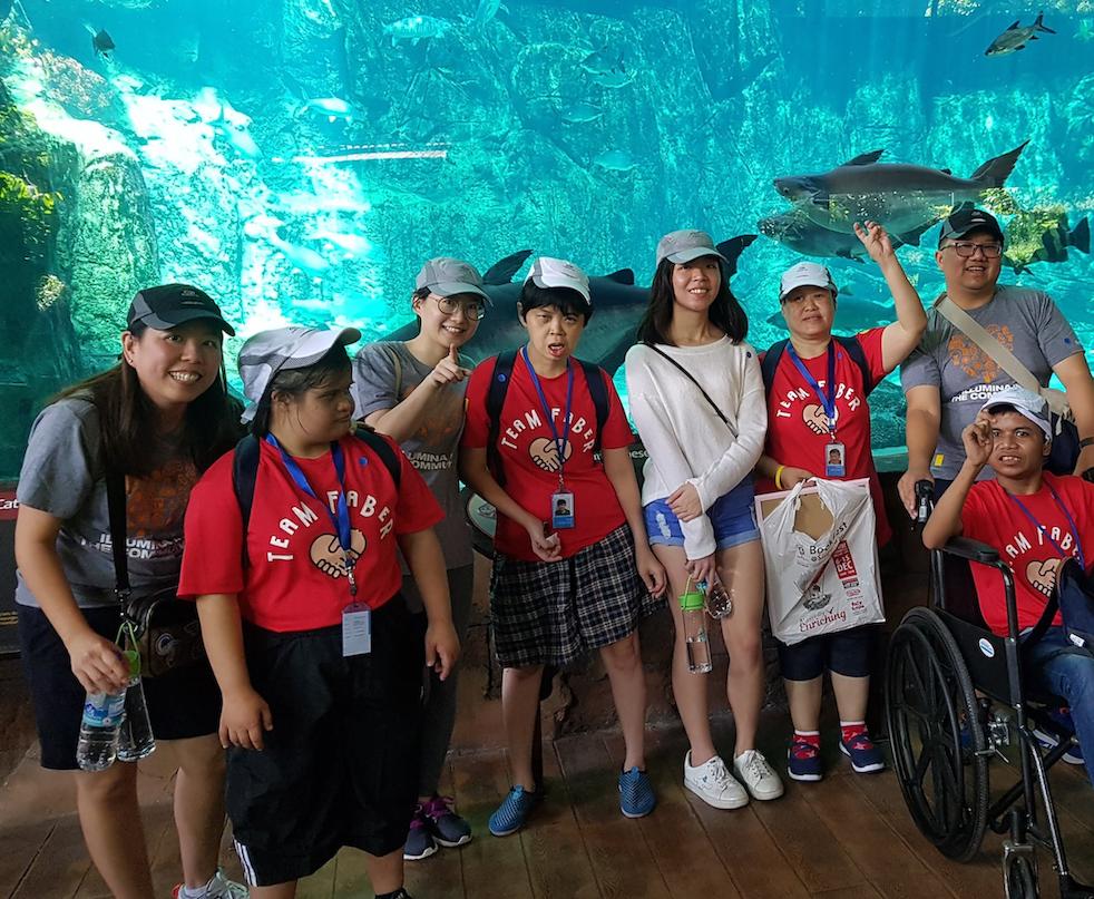 donate singaporediscovers vouchers - MINDS S.E.A. Aquarium trip