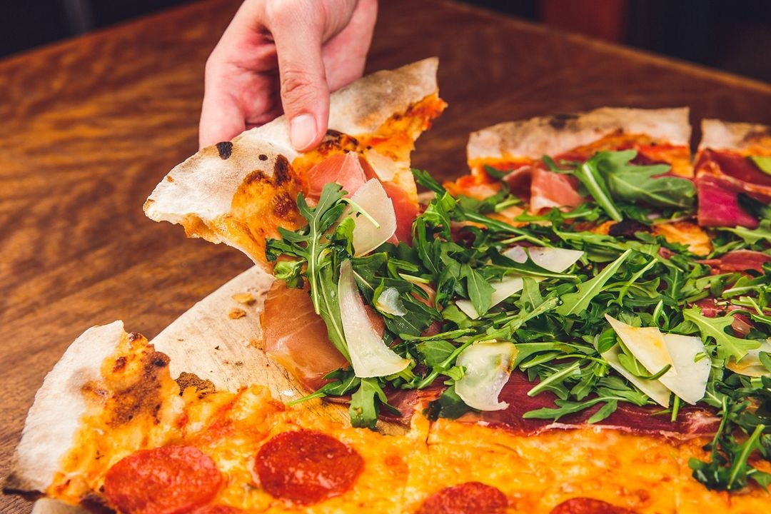 1-for-1 dining deals - Peperoni Pizzeria