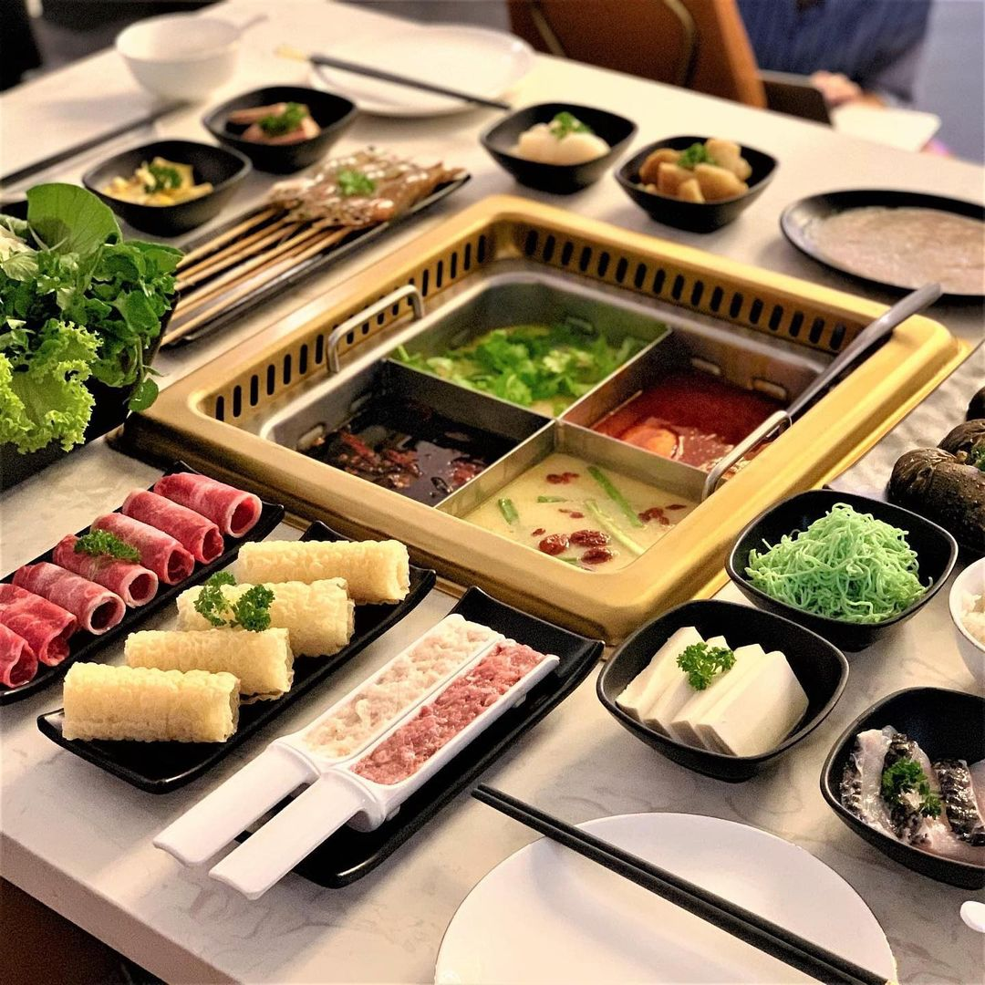 buffet places in Singapore - COCA