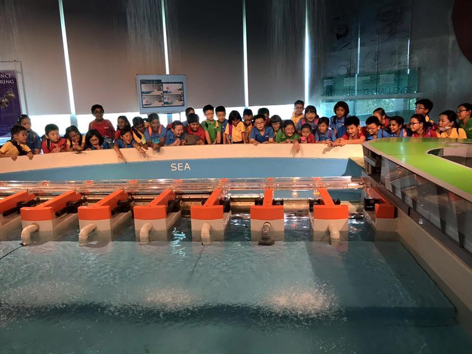 singapore school excursion - sustainable singapore gallery marina barrage