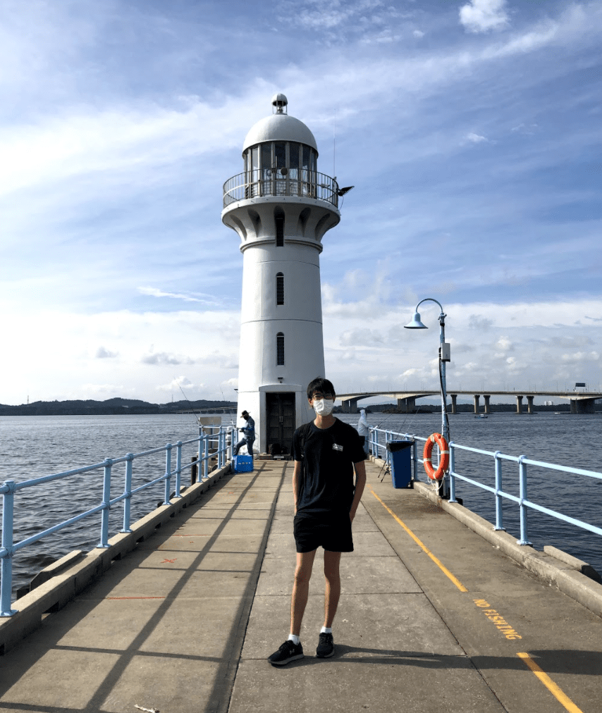 marina bay lighthouse