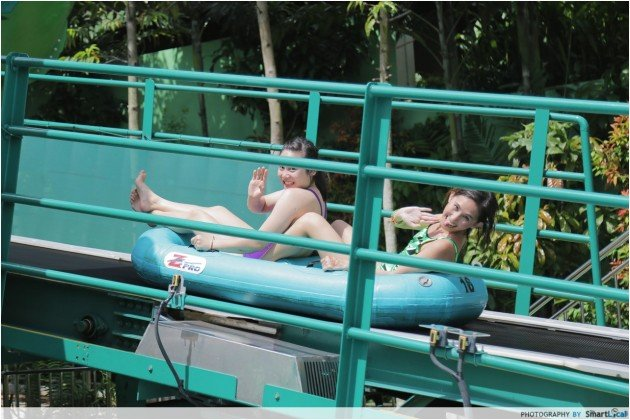 Adventure Cove Waterpark - Riptide Rocket