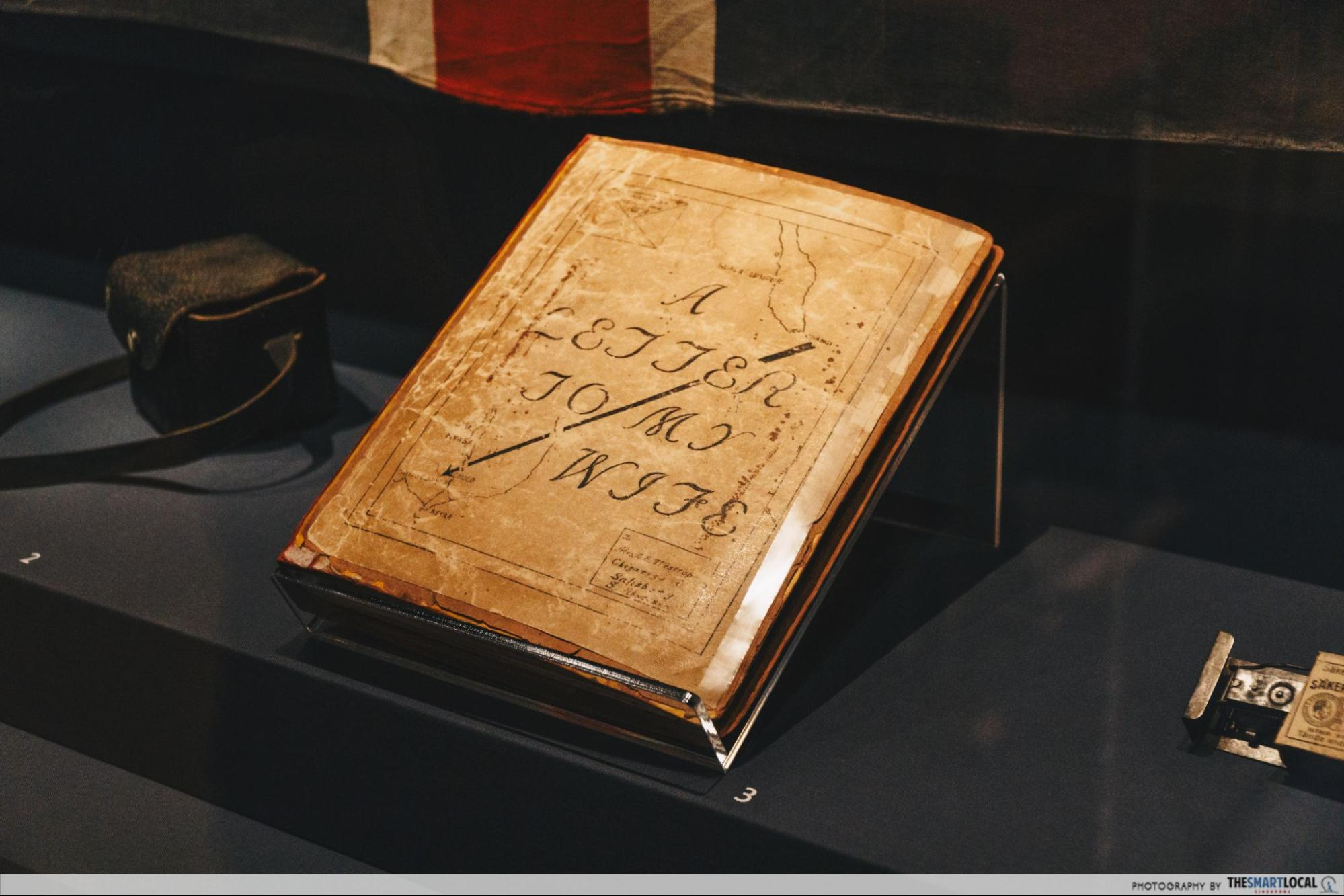 4000 page diary artefact Changi Prison