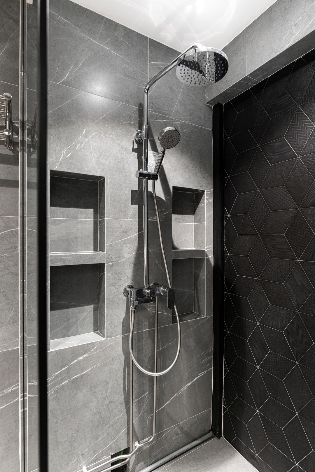luxe toilet shower