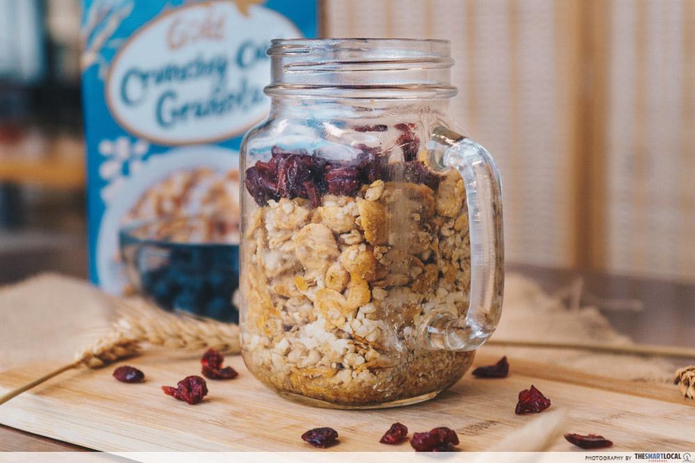 easy oats recipes - microwave mug oat granola