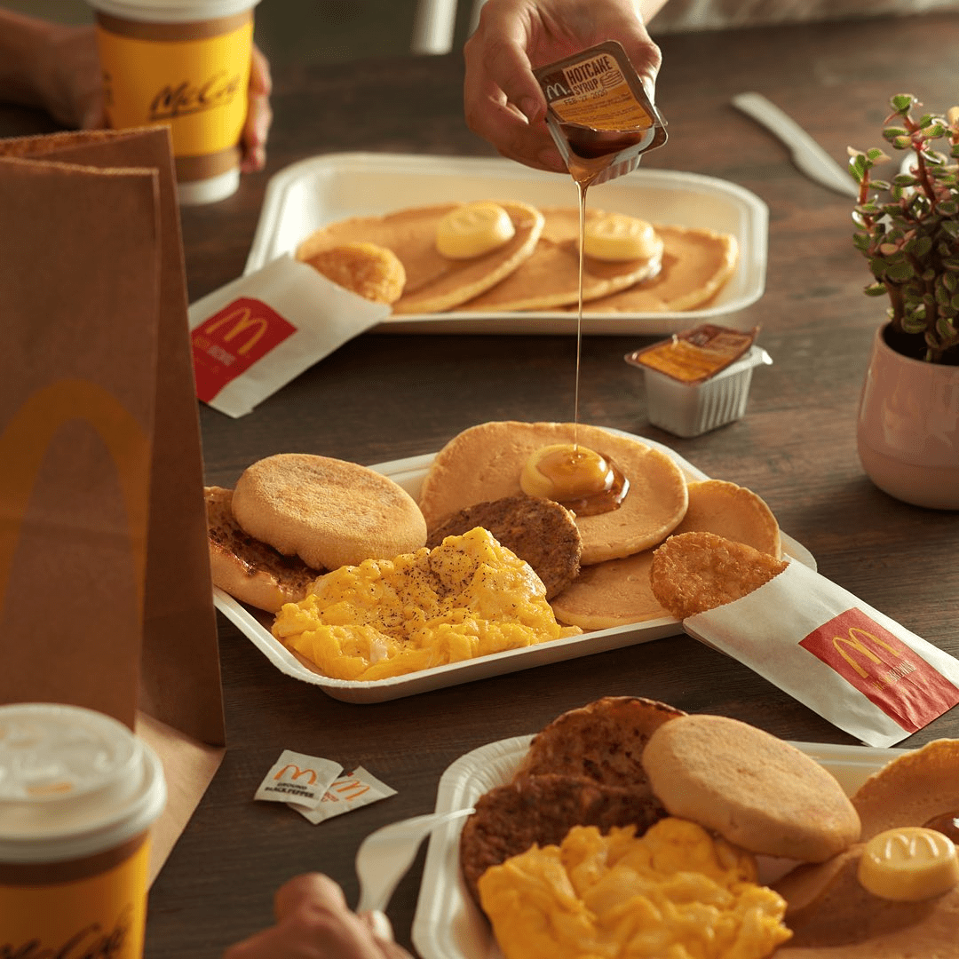 mcdonald's -Free off-peak delivery - grabfood