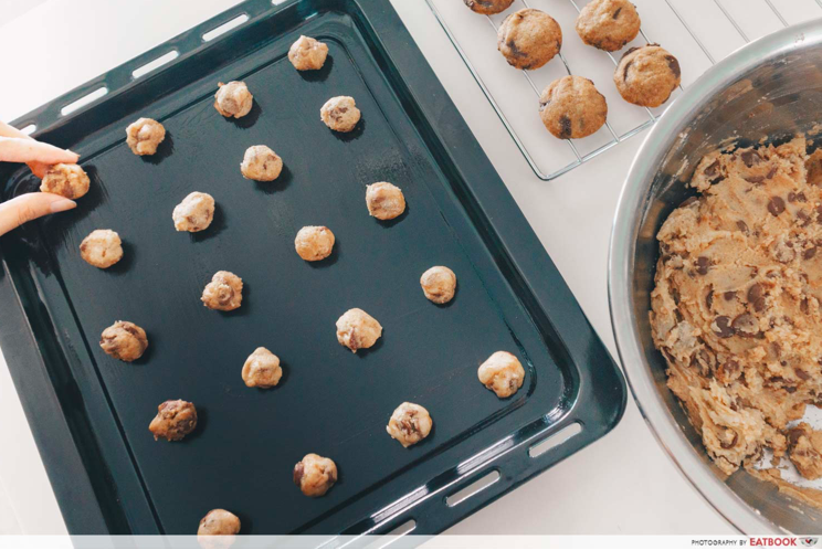 cooking and baking cookies