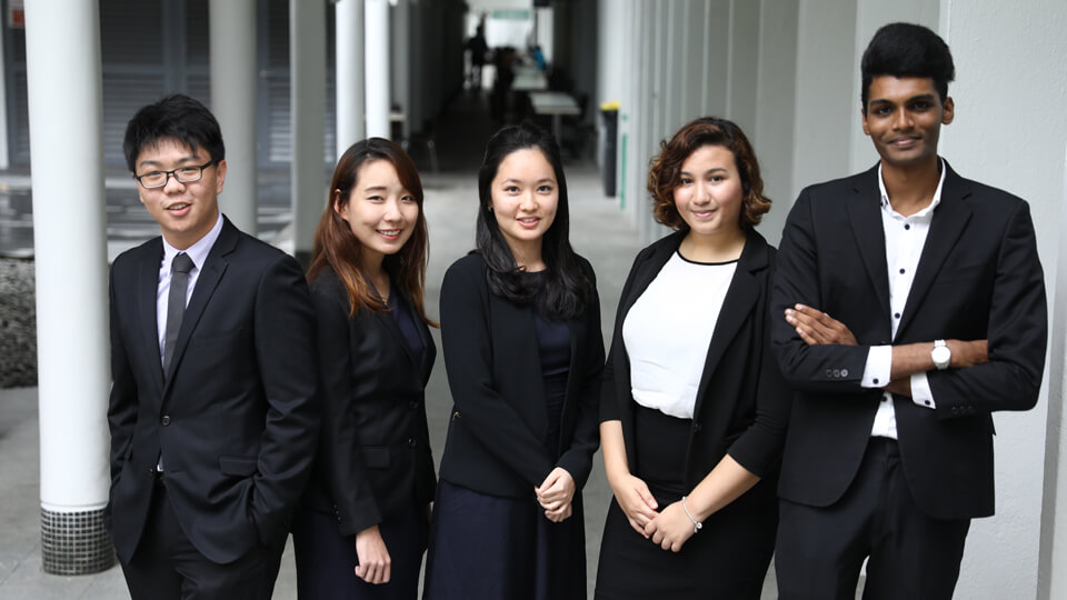comparison of university courses - NUS Faculty of Law
