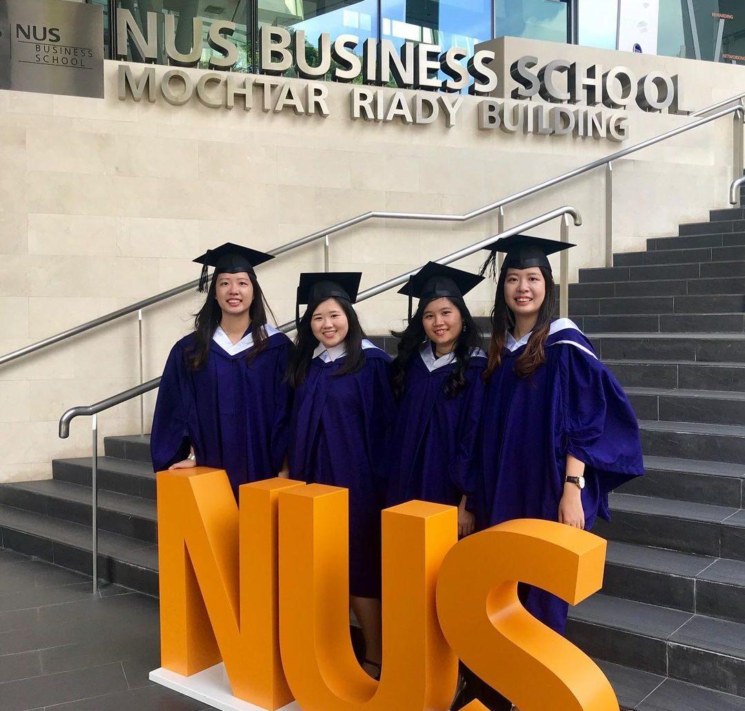 comparison of university courses - NUS Business School